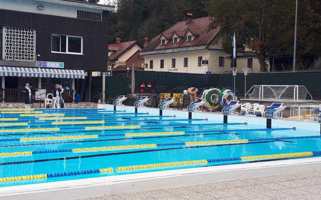 Brina uspešna na tekmovanju OŠ v plavanju