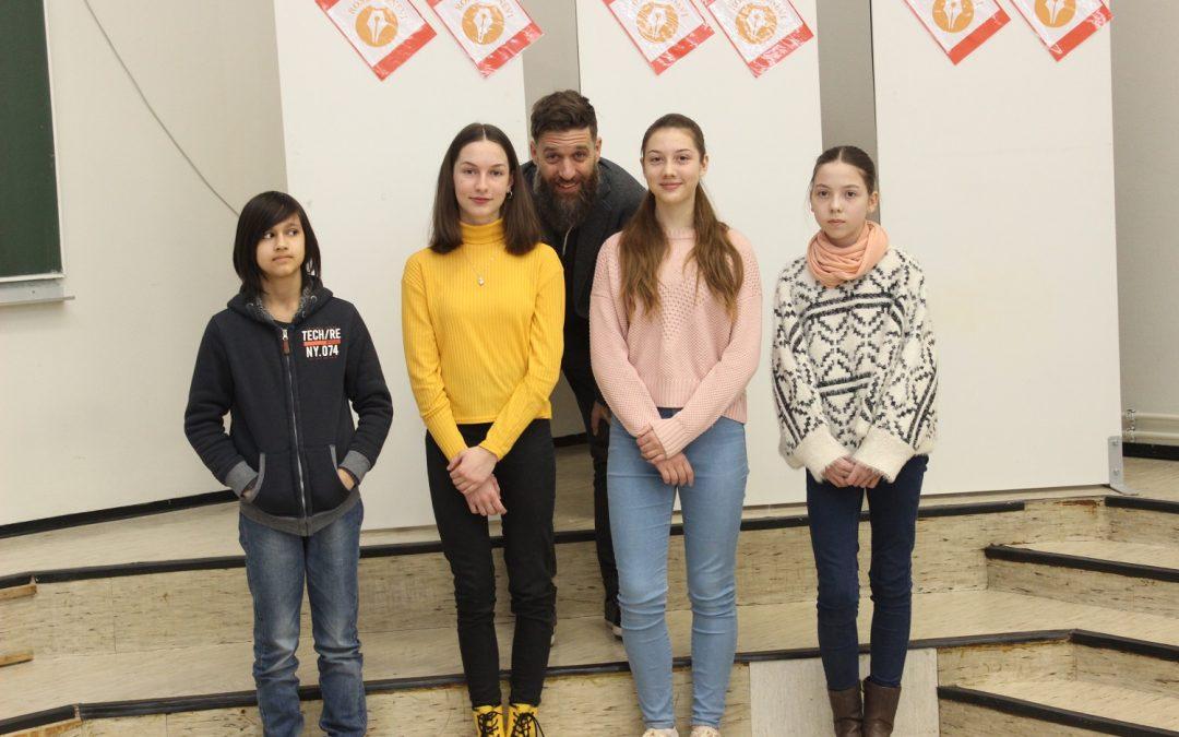 Osmošolka Ines finalistka na Dnevih mladih pisav na Roševih dnevih v Celju